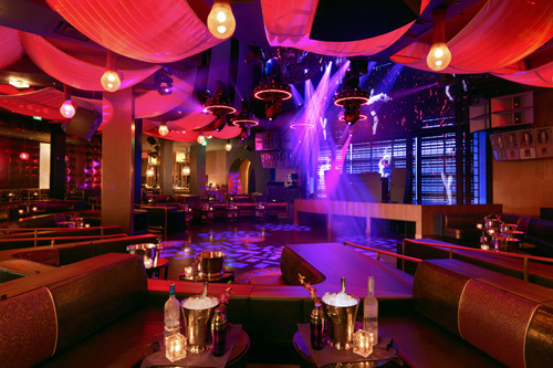 Bottle Service In Las Vegas Nightclubs Has Become A Big Deal For Multiple Reasons Including Spectacle And Convenience