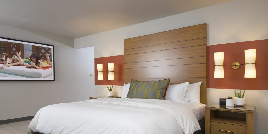 Plaza Luxe Room