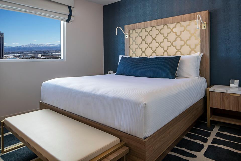 Sahara Las Vegas Story Tower Room